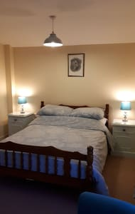 Double  Room in Great Witley (Plus twin available)