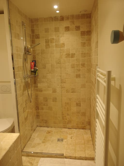 Our luxury shower !