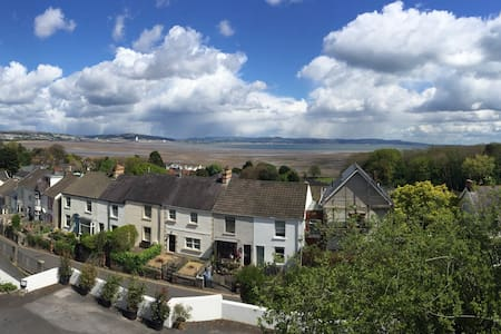 Fantastic location with sea views - The Mumbles - Wohnung
