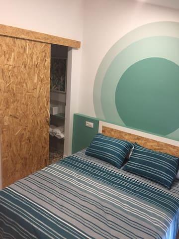 Habitacion cama 150