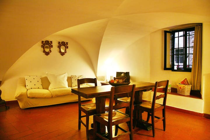 charming appt in nice old tower