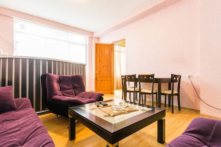 Apartment near the old Tbilisi  ( Best location ) - Tbilisi - Lejlighed