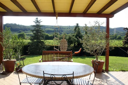 Soave country-house close to Verona - Hus
