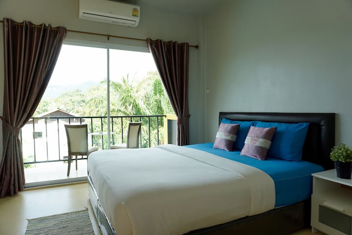 ~ Guest Room