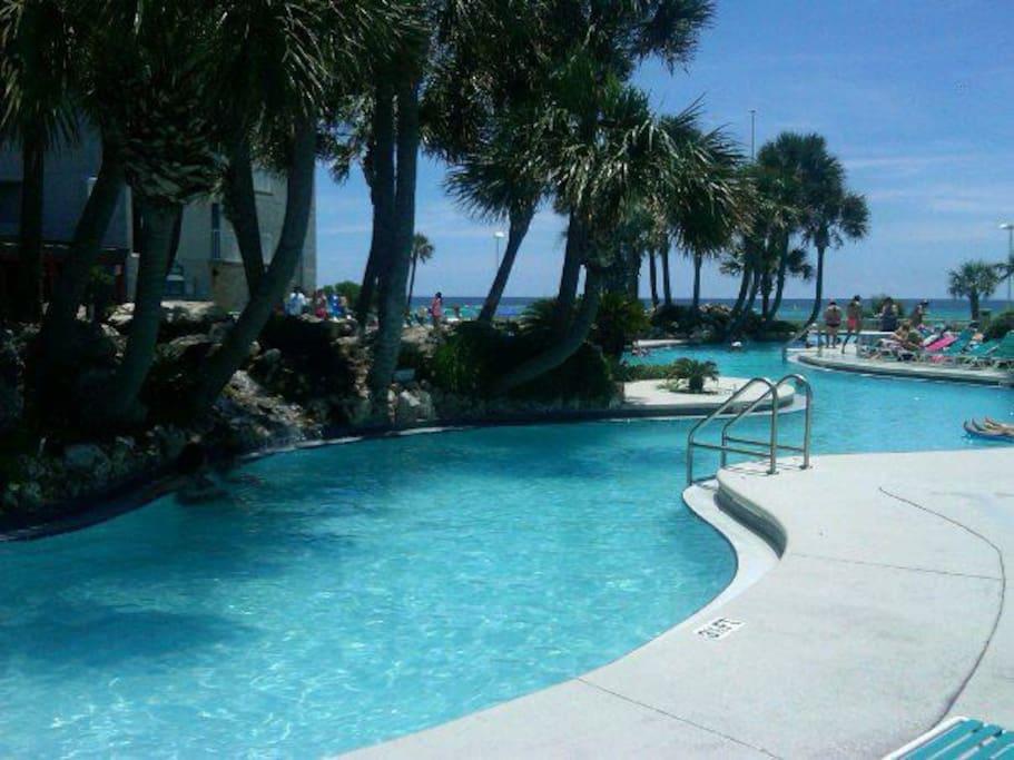 mega ocean front pool