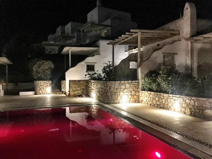 Elegant Villa in Mykonos close to the beach