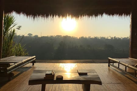 Ayung Panorama. Poetic house on cliff across Ubud.