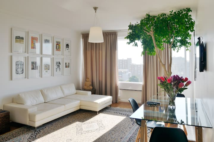 Luxury Green Point Apartment for 4