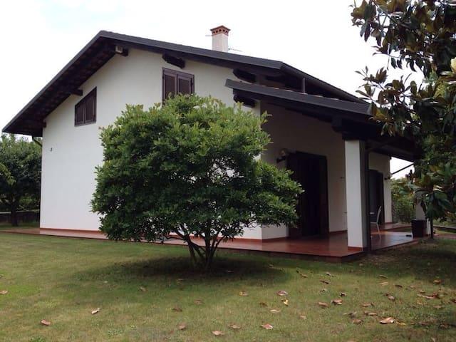 Stanza privata in villa singola - Cavaglià - House