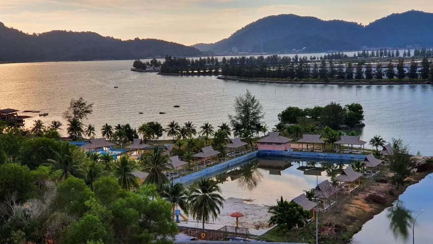 Marina Height Teluk Batik Lumut