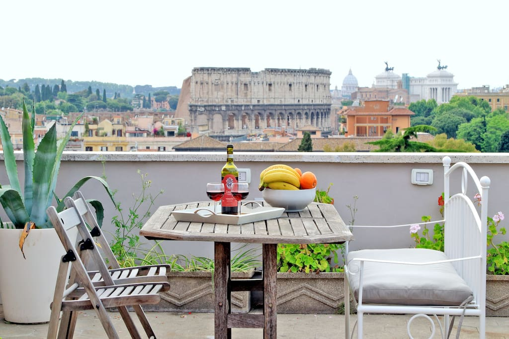 Rome Colosseum Terrace Apartment - Apartments for Rent in ...