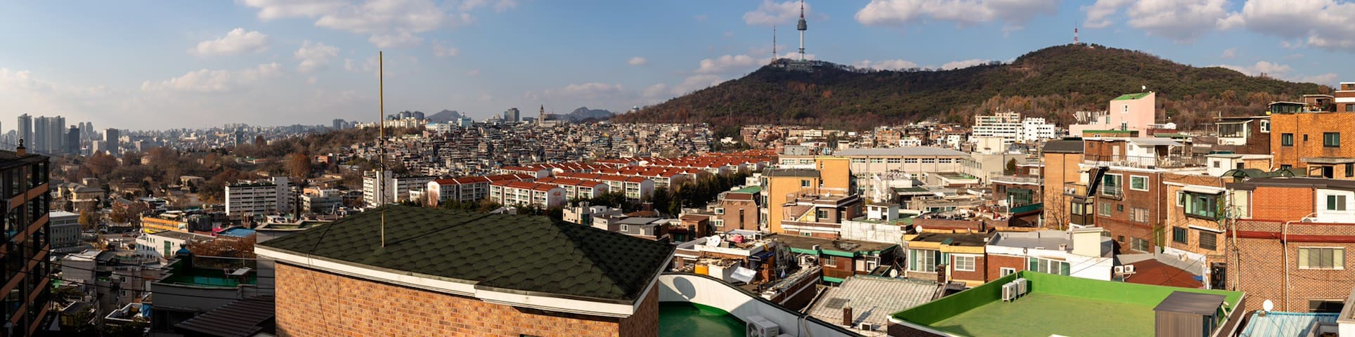 Namsan View in the Center of Seoul (Itaewon)