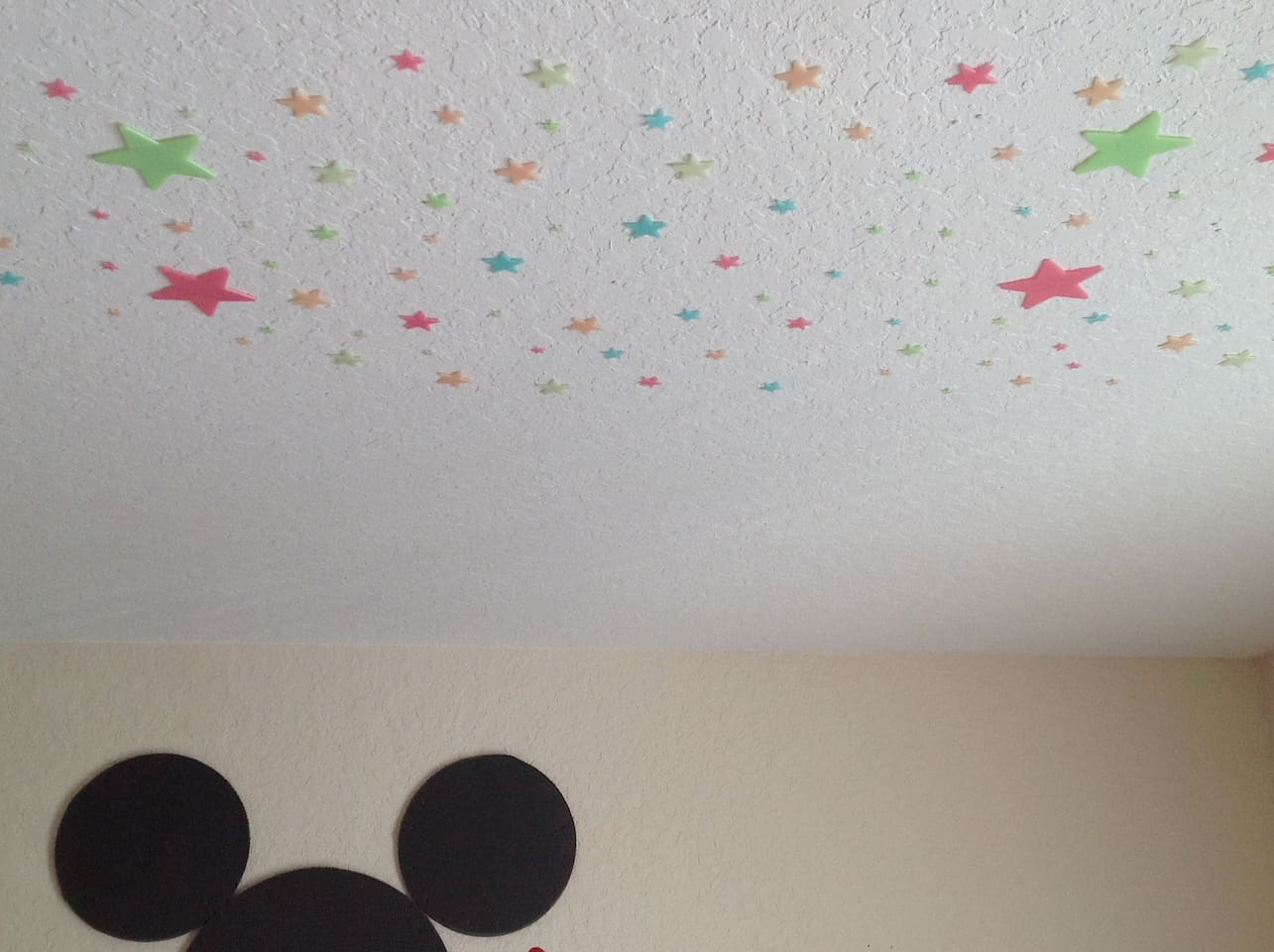Glow in the dark stars that take in solor power then light up at night