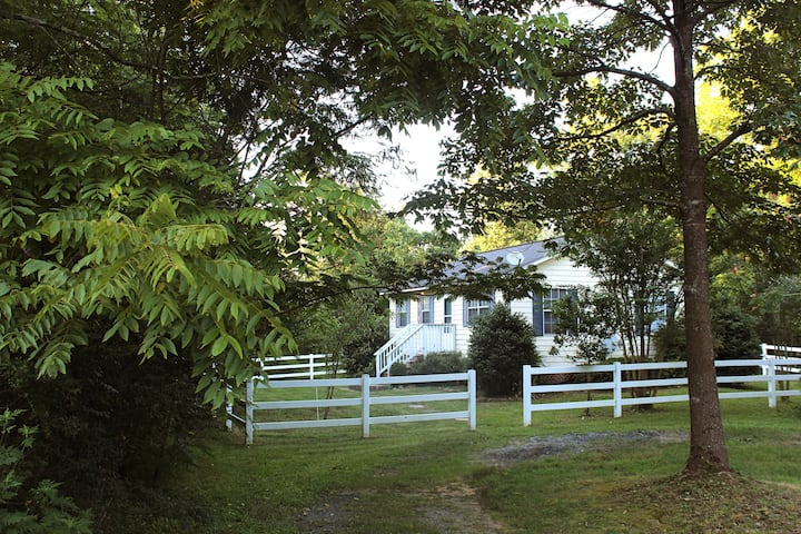 The Cottage at Meadowbrook
