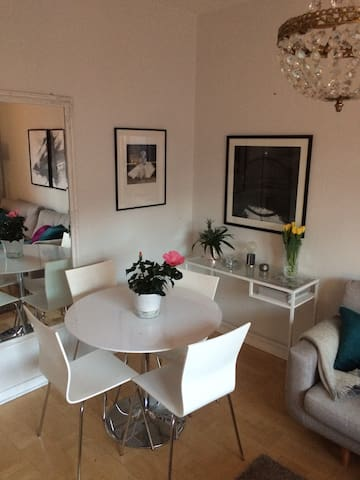 Cosy two-room apartment, 18min from Stockholm City