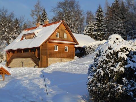 "Horská chata ""U lesa"" v Orlických horách"