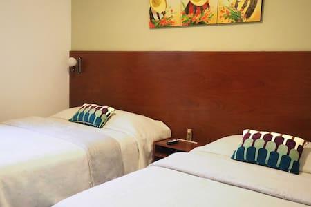 Bed & Breakfast in Trujillo - Victor Larco Herrera - Pousada