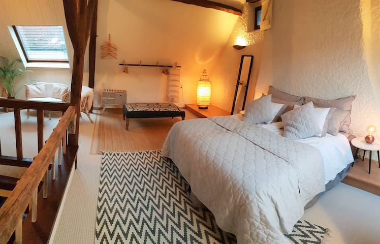 Spacious and airy top floor bedroom with gorgeously comfortable 180 cm wide bed