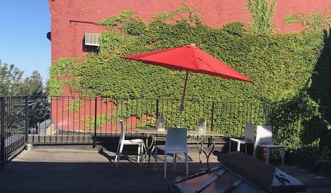 Red Hook Sunlit Pied-à-terre