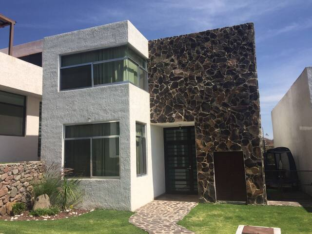 Casa de Chapala - San Juan Cosalá