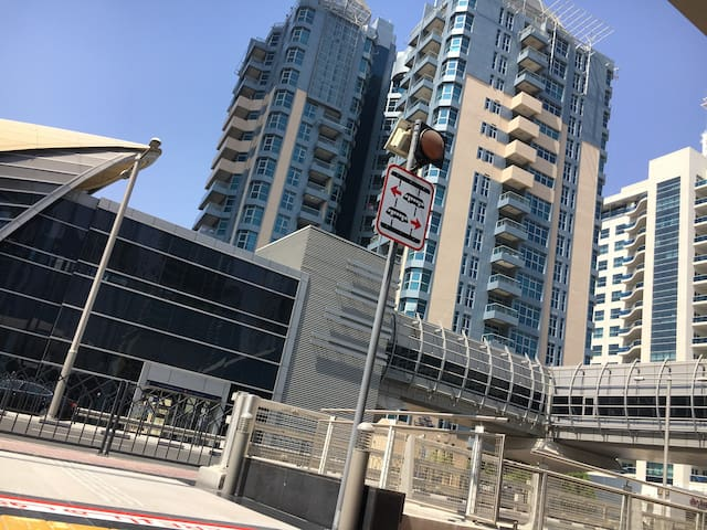 1BR in Marina directly facing the Tram/Metro