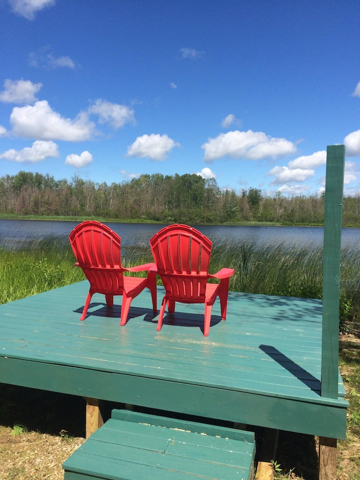 Northern Retreat - Six Mile Lake Cabin #1