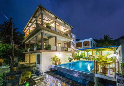 Blue Pearl villa - La Gaulette - Casa de camp