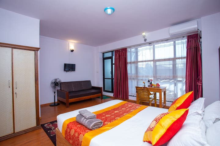 GreenTara Twin Room For Sound sleep and Meditation