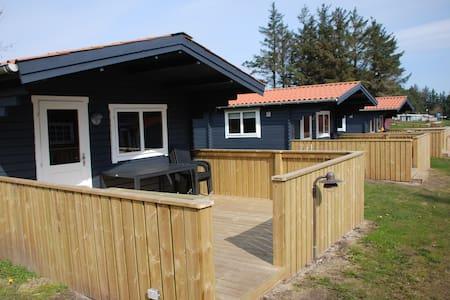 4-personers hytte tæt v. bad/toilet - Hanstholm