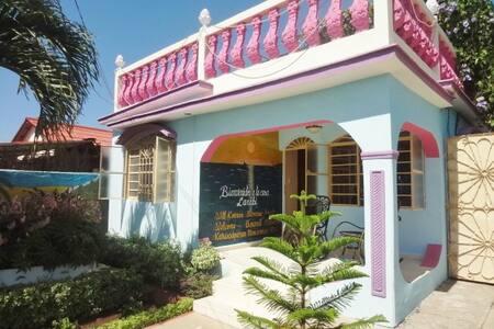 Casa Larabi, Traveler´s Choice, Colonial 2 - Playa Rancho Luna - Rumah