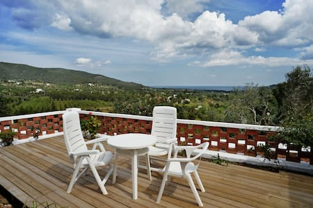 Private double bedroom with mediterranean view - Santa Eulària des Riu - Casa