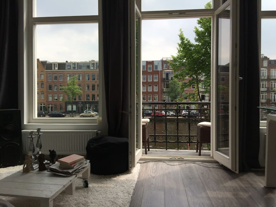 Beautiful sunny apartment on a perfect location