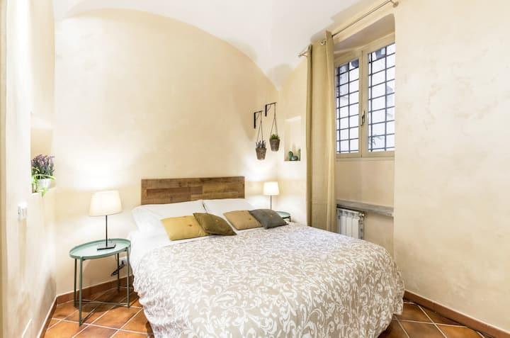 Nice apartment in Trastevere Scala