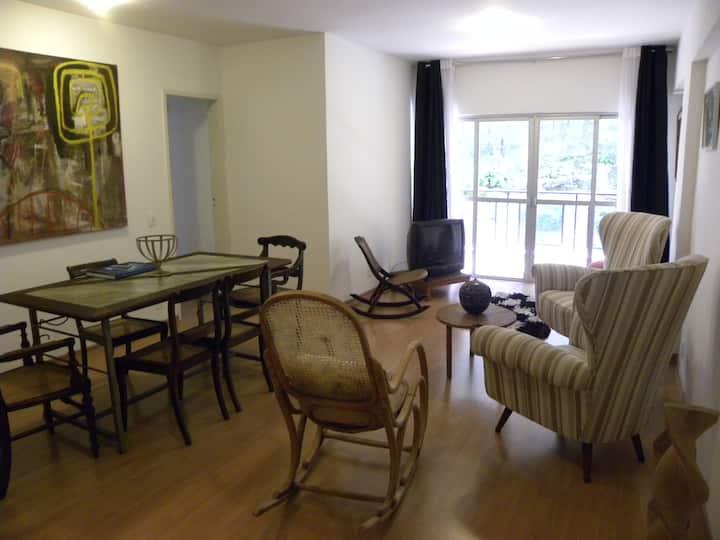 Charmoso e Confortável 3 quartos para 6 pessoas