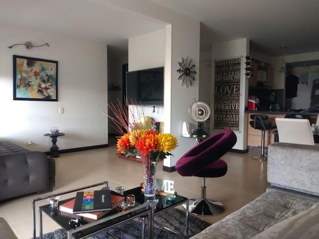 Habitación privada en la mejor zona al Nte de Cali
