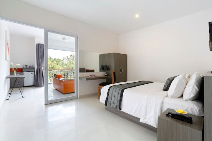 Beachfront Suite Seminyak