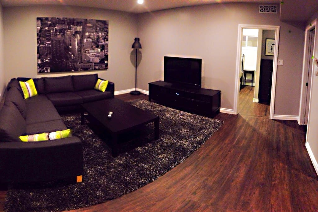 Full sectional, dimmable pot lighting and full HDTV with PVR
