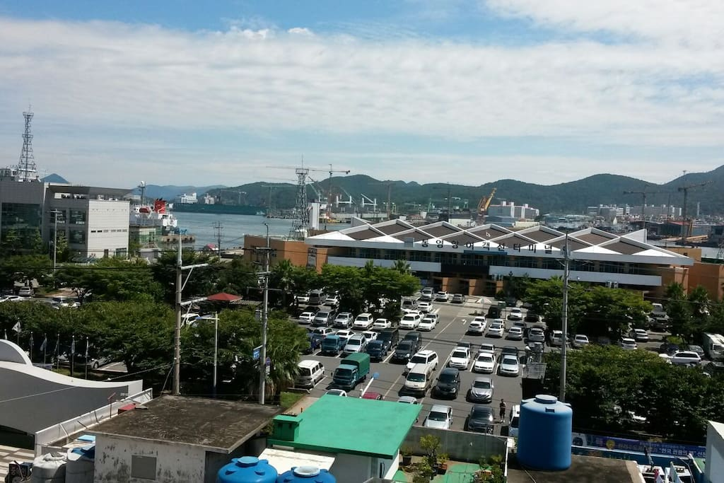 You can see TongYeong Ferry Terminal from house