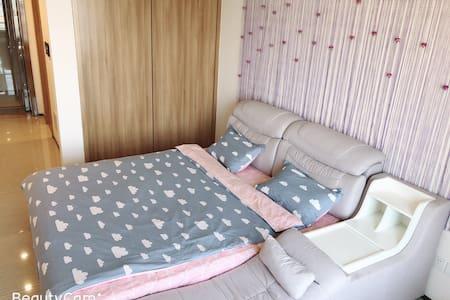 温馨观景大床房