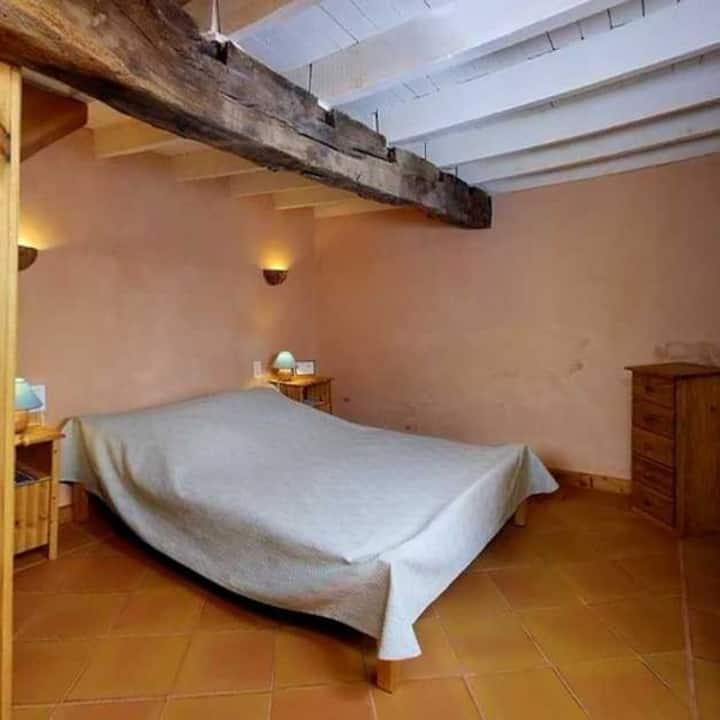Chambre duplex avec s. bain privée, piscine