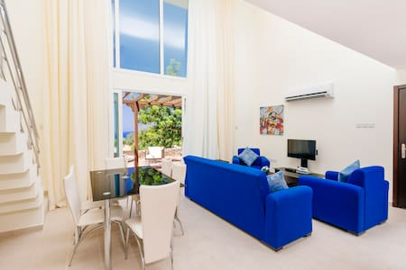 Luxurious Appartment + pool - Kyrenia