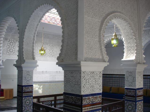 Riad Tetuan, precioso palacio Hab 1 - Tetouan - Casa