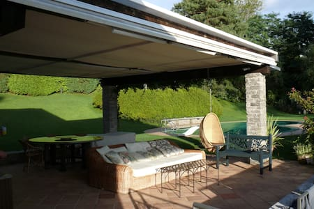 Villa on the Lago Maggiore  - Laveno-Mombello