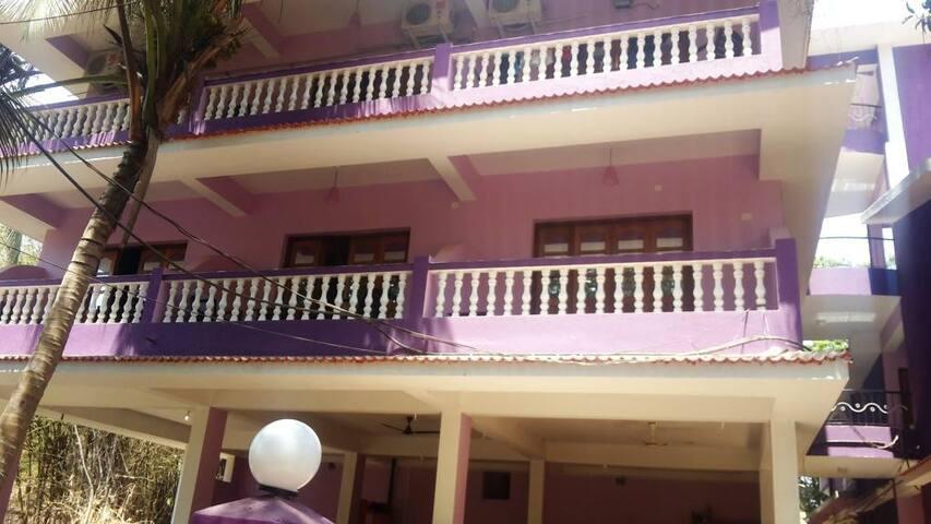 Spacious Master AC rooms in Anjuna - Anjuna - Pis