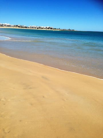 Relax at the Beach and snuggle up - Mandurah - Casa