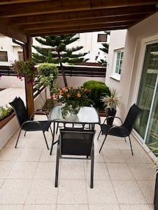 3 Bedroom  Sup. Inland View Villa - Oroklini
