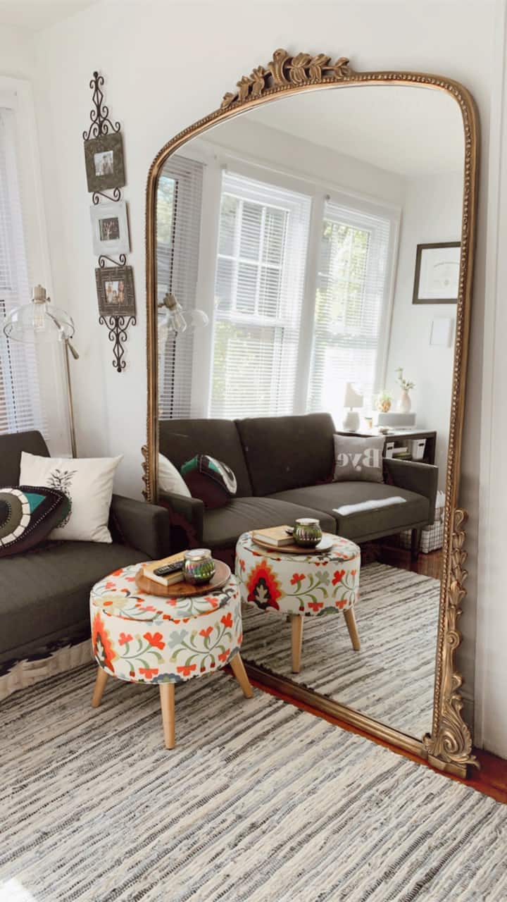 Cute little apt walking distance to downtown avl