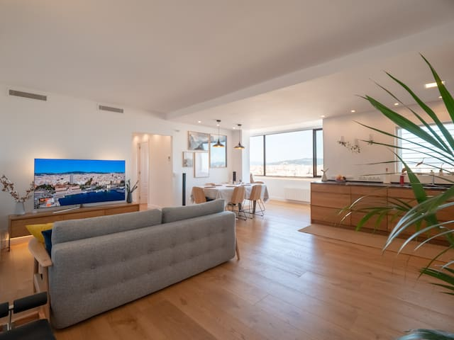 Luxury Apartment Sagrada Familia and Ocean View