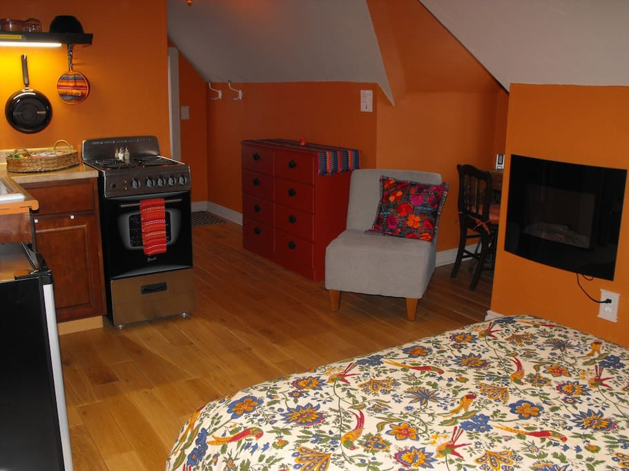 The studio apartment awaits you!