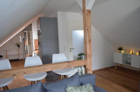 *ARRIBA* apartamento reformado de 42 metros cuadrados cerca de Nuremberg/Rothsee